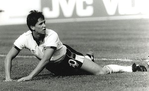Gary Lineker : « Football is a simple game: 22 men chase a ball for 90 minutes and at the end, the Germans always win »